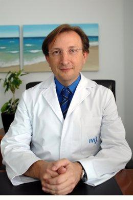 El Profesor Carlos Simón