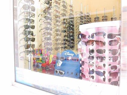 Uno de cada cuatro padres no protege los ojos de sus hijos de la radiación ultravioleta