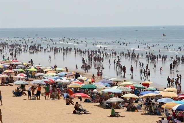 Imagen De Una Playa De Andalucía