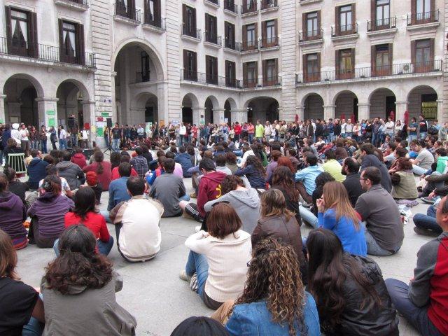 Imagen De Archivo De Una De Las Asambleas