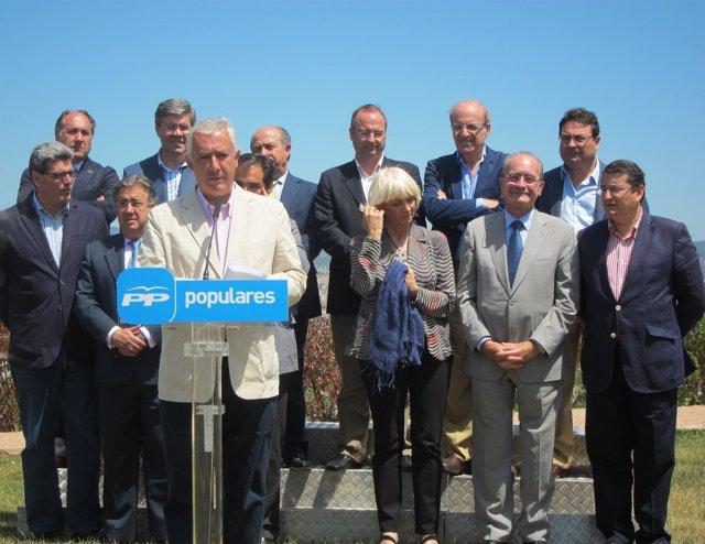 Javier Arenas, en un acto con alcaldes y candidatos