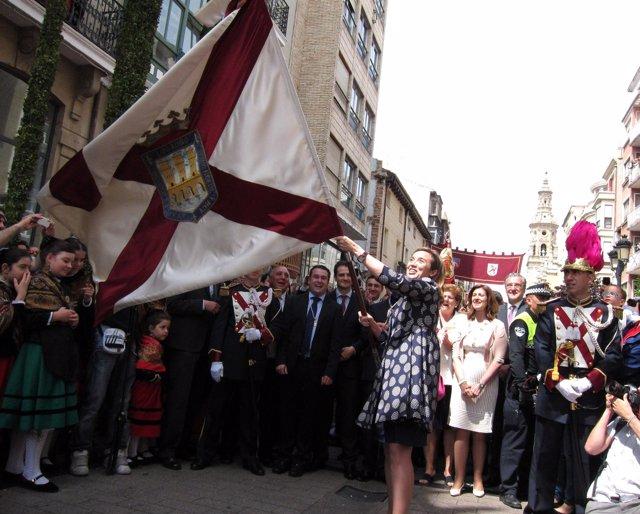 Cuca Gamarra Da Su Primer 'Banderazo' Como Alcaldesa