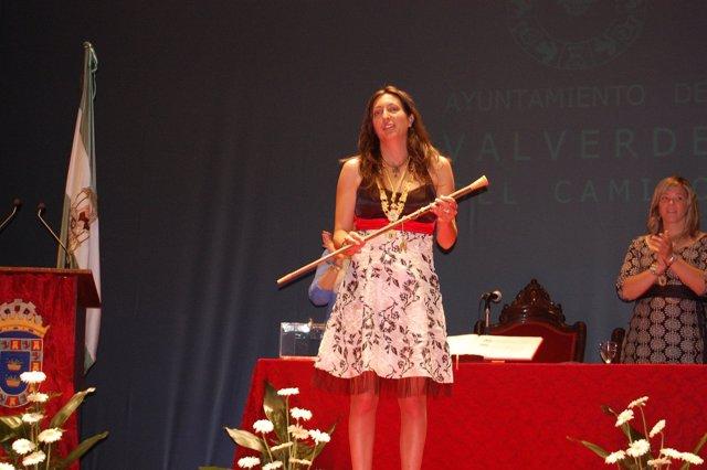 La Alcaldesa De Valverde Del Camino, Loles López, Tras Su Toma De Posesión.