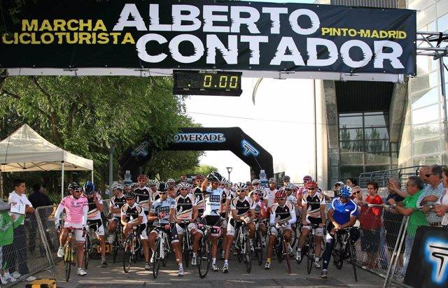 Alberto Contador En Su Marca Cicloturista De Pinto
