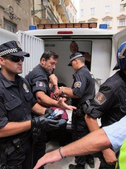 Uno De Los Tres 'Indignados' Detenidos En Palma
