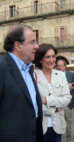 El Presidente De La Junta Junto A Josefa García Cirac, Presidenta De Las Cortes