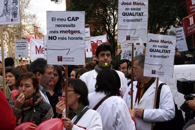 Médicos de Catalunya se manifiestan