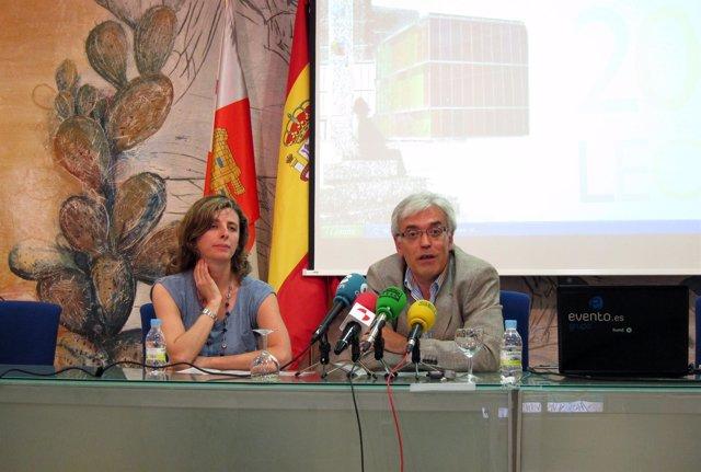 Martínez De Benito Durante La Presentación Del Encuentro
