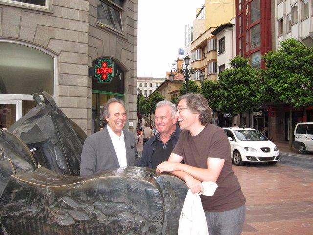 Serrat, Victor Manuel Y David Trueba En Oviedo