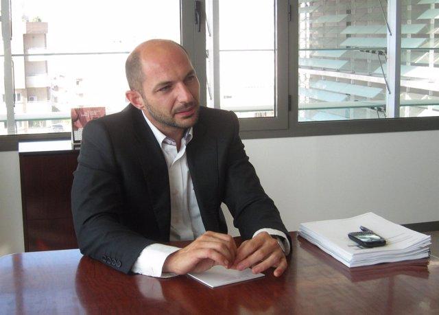 El Concejal De Accesibilidad Y Movilidad, Raúl López