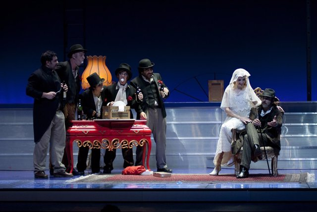 N/P O Auditorio De Galicia Encherase Este Noite Na Estrea De 'A Ópera Dos Tres R