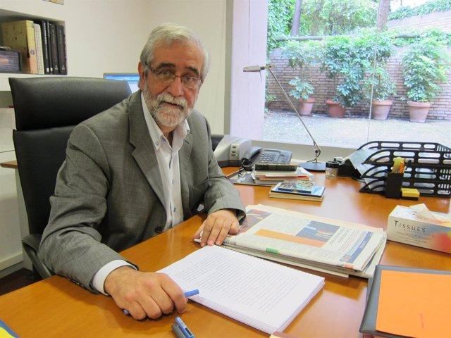 El Director Del Institut Ramon Llull, Vicenç Villatoro