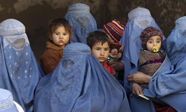 Mujeres y niños en Afganistán