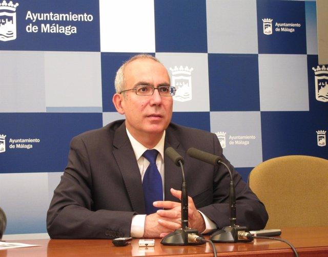 El Portavoz De IU En El Ayuntamiento De Málaga, Pedro Moreno Brenes