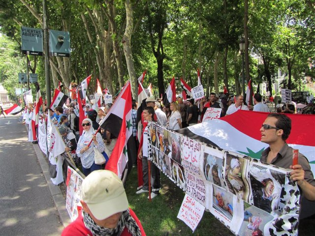 Manifestación Siria En Madrid