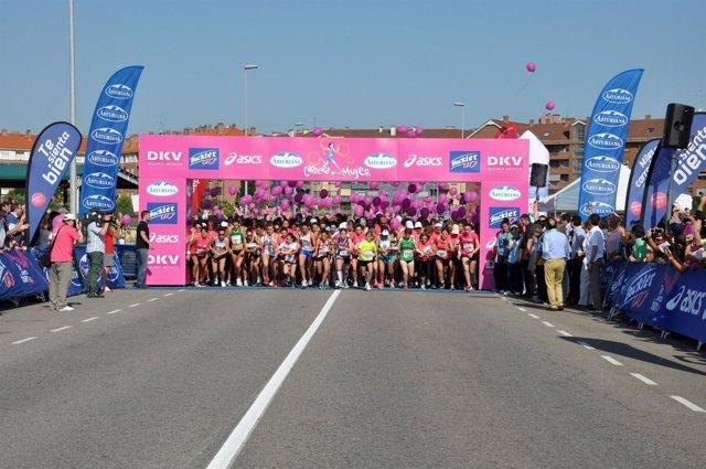 Salida De La Carrera De La Mujer, En Gijón.