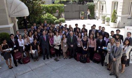 Iberoam.- Unos 50 estudiantes participarán en el 'Programa Jóvenes Líderes Iberoamericanos' de la Fundación Carolina