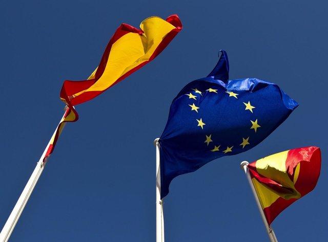 Banderas De España Con Unión Europea