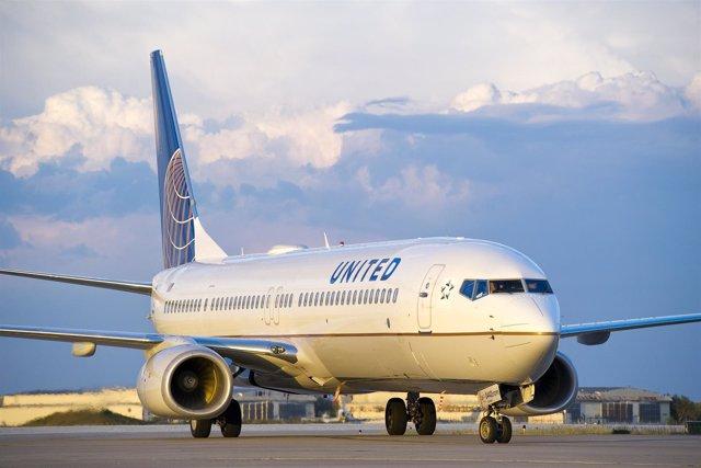 Avión De United Continental (UAL)