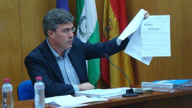 El Alcalde De Jaén Presenta Su Declaración De La Renta En Rueda De Prensa.