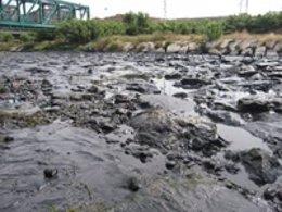 Vertido De Hidrocarburos En La Desembocadura Del Francolí