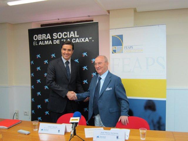 César García Y José María Herreros Tras La Firma Del Convenio