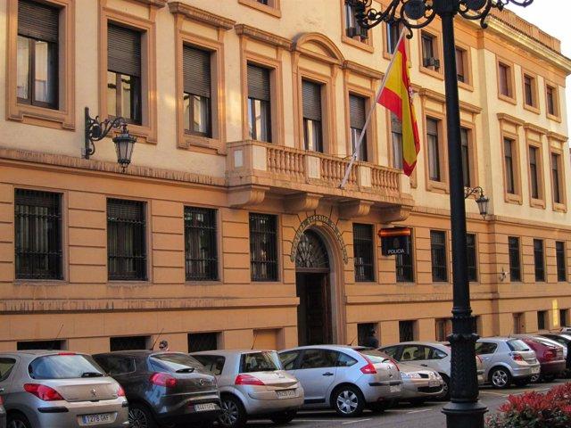 Comisaría De La Policía Nacionald E Oviedo