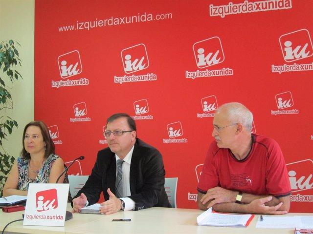 Emilia Escudero, Jesús Iglesias Y Francisco González