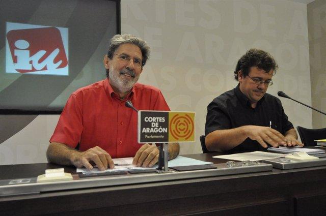 Adolfo Barrena (Izda.) Y Jesús García Usón (Dcha.), De IU.