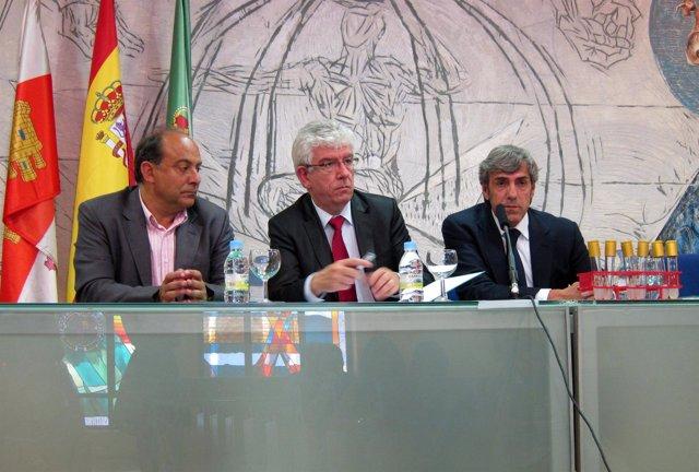 Garcón, Hermida Y Moro (D)
