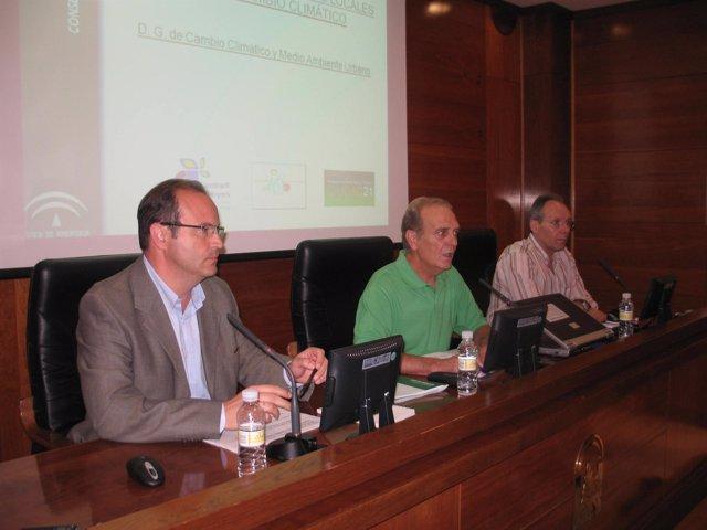 Moisés Muñoz En La Reunión Sobre Los Planes De Acción De Energía Sostenible