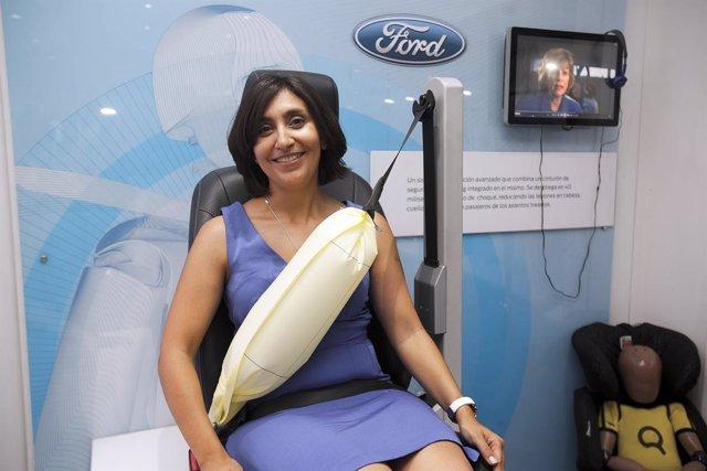Presentación Del Cinturón De Seguridad Inflable De Ford