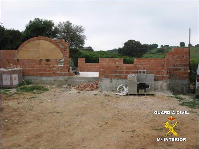 Vivienda Ilegal En San Roque (Cádiz)