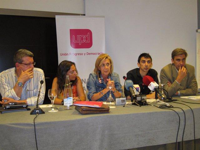 Rosa Díez En Un Acto En Murcia