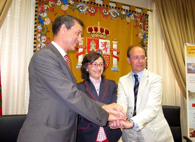 La Ministra De Medio Ambiente, Y Medio Rural Y Marino, Rosa Aguilar
