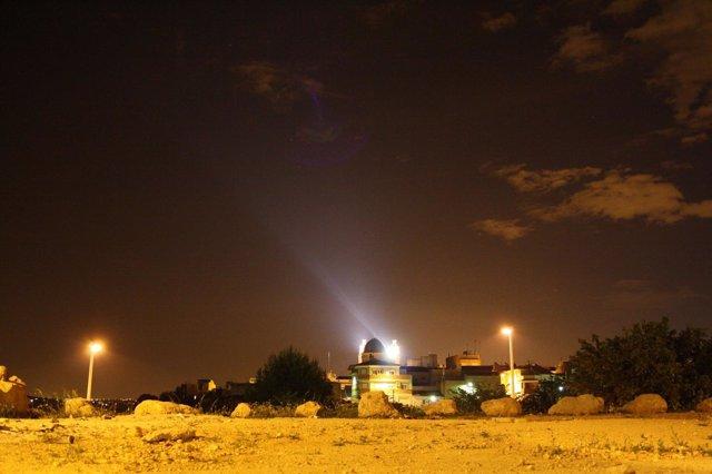 La UV Alerta De Contaminación Lumínica Del Parque Del Turia