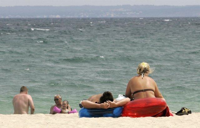 Día De Sol En La Playa