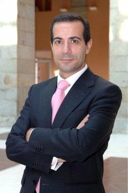 Salvador Victoria, Consejero De Familia Y Servicios Sociales