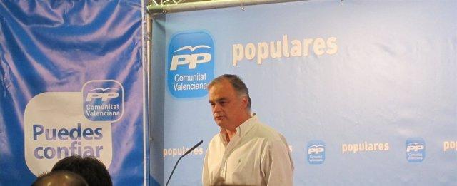 González Pons Durante Su Comparecencia Ante Los Medios