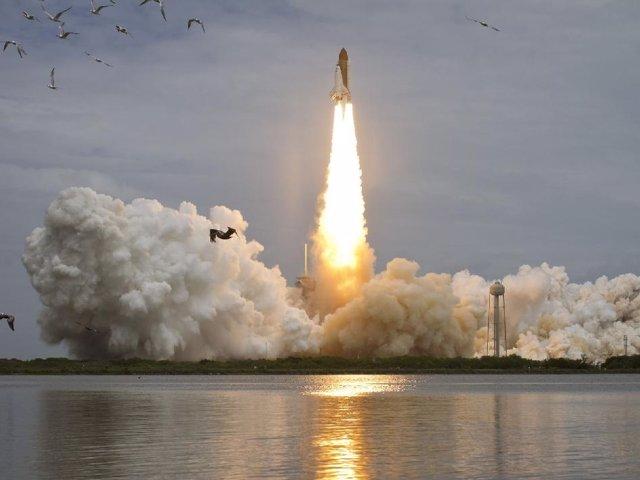 Lanzamiento Del Transbordador 'Atlantis'