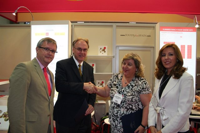 Firma Del Convenio En Fancy Food