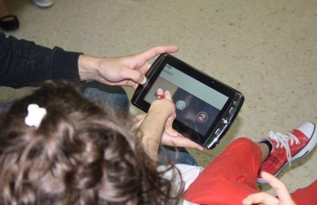 Investigadores Diseñan Un Teclado Virtual Para Discapacitados