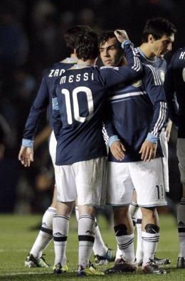 Leo Messi Y Carlos Tévez Con Argentina