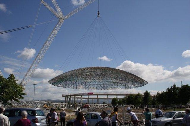 La Cúpula Del Buesa Arena Descansa Ya En Su Nueva Ubicación
