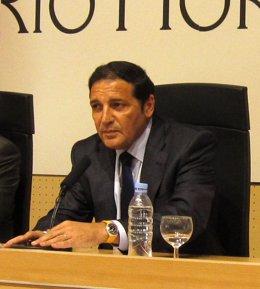 El Consejero De Sanidad De Castila Y León, Antonio María Sáez Aguado