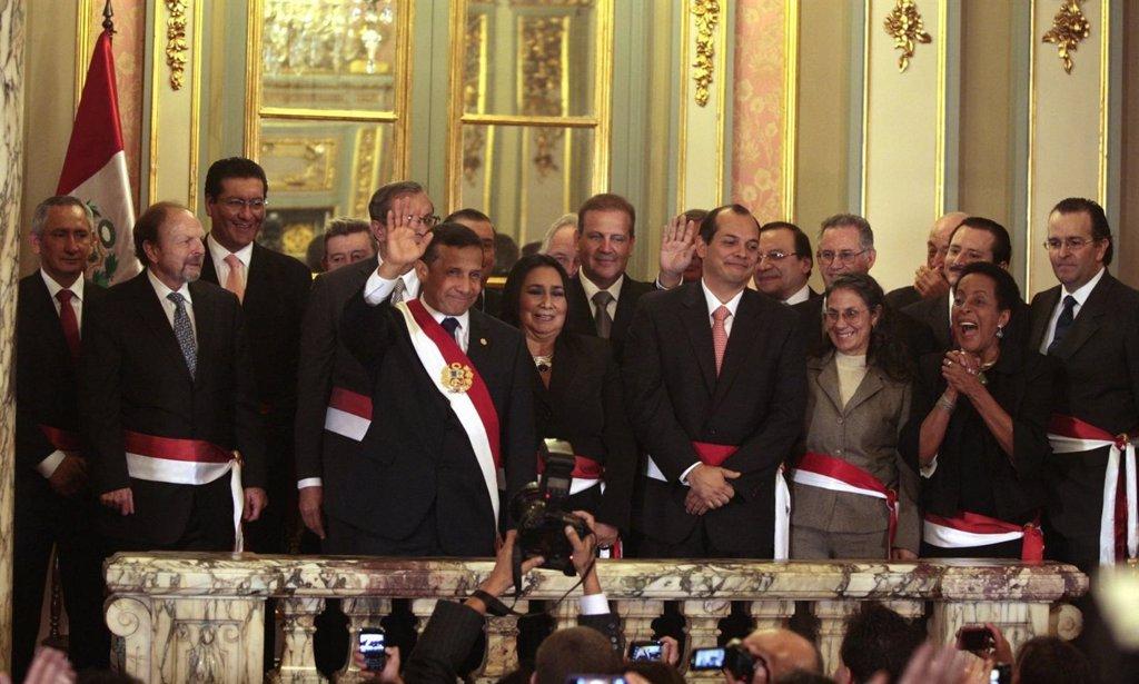 Perú.- Ministros de Ollanta Humala toman posesión