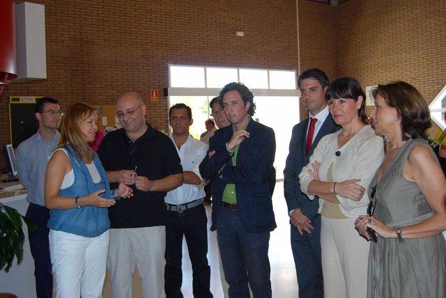 Leire Pajín Junto Con Micaela Navarro Y Remedios Martel