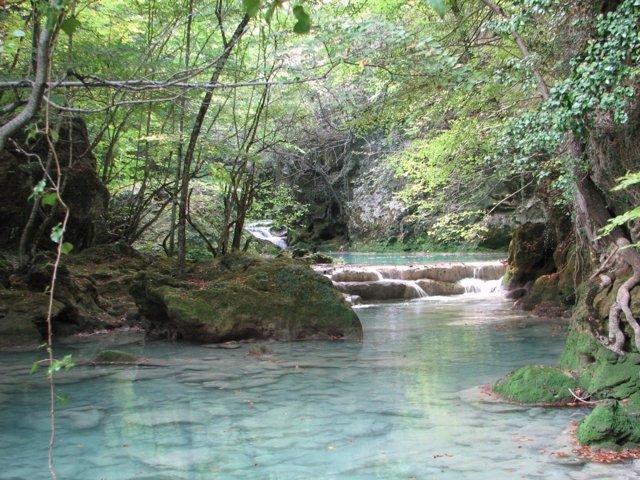 El Río Urederra En El Parque Natural De Urbasa Y Andía.