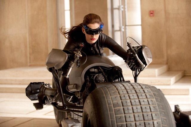 Anne Hathaway En The Dark Knight Rises