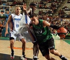 Baloncesto.- Carl English se convierte en el tercer refuerzo del Cajasol para la temporada 2011/2012